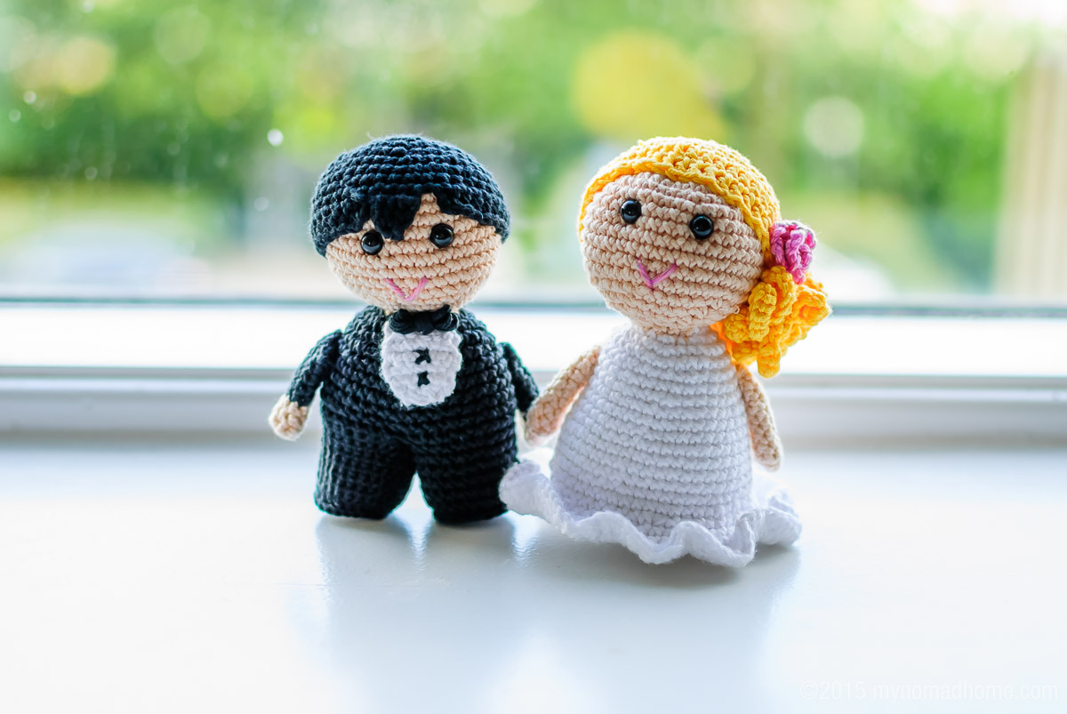 crochet wedding couple