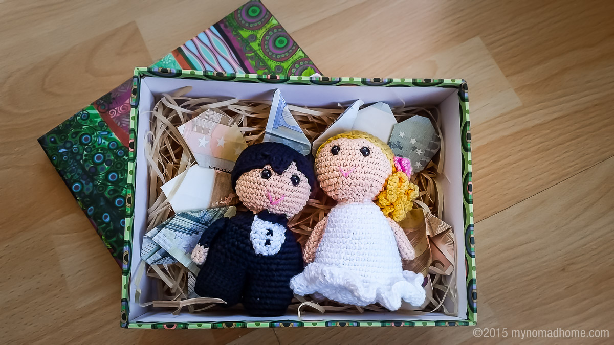 wedding couple crochet